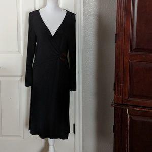 BCBG knit v neck dress size large